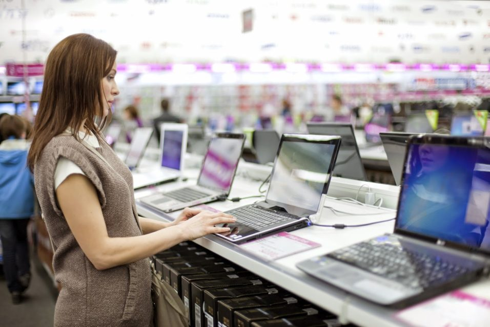 Ce trebuie sa stii cand iti cumperi un laptop?