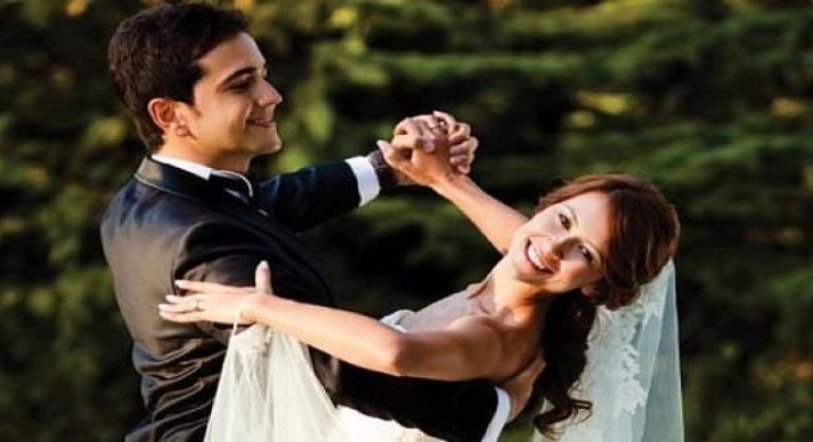 Cantece clasice pentru dansul mirelui cu mama sa